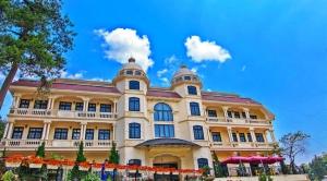 COMBO LACASA SAPA HOTEL 3* + XE KHỨ HỒI 2N1Đ