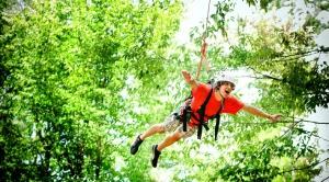 """Muốn """"bay trên không"""" thì phi ngay đến những Zipline cực chất này!"""