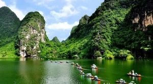 Tour Ninh Bình: Tràng An – Bái Đính – Đầm Vân Long 2 ngày 1 đêm