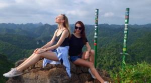 Du khách Tây thích thú với các loại hình du lịch sinh thái tại Vườn Quốc Gia Cát Bà